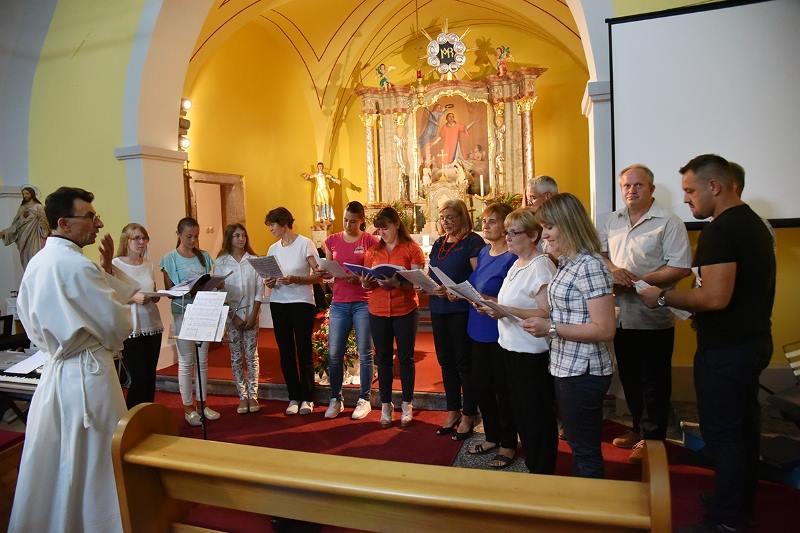 stipanja kompolje proba zbora